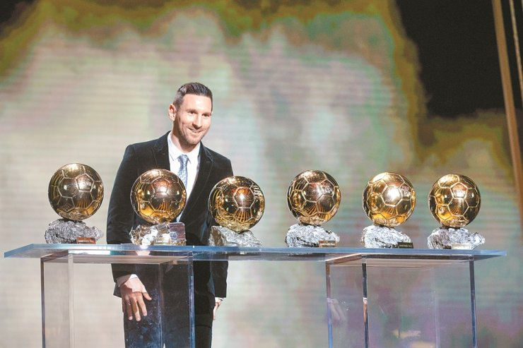 Barcelona's Argentinian forward Lionel Messi poses with the trophies during the Ballon d'Or 2019 awards ceremony at the Theatre du Chatelet in Paris, France, Monday. /Xinhua-Yonhap