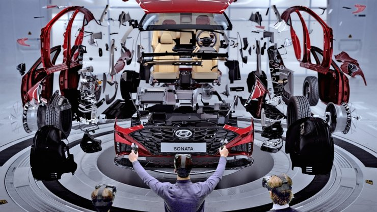 In this photo provided by Hyundai Motor Group, the company's designers and engineers display how the new VR design evaluation system is used to assess design quality of the all-new Sonata. / Courtesy of Hyundai Motor Group
