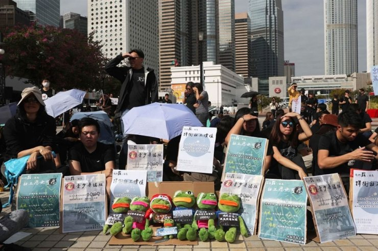 Social workers staged a rally in Edinburgh Place, Central, to kickstart a three-day strike. South China Morning Post