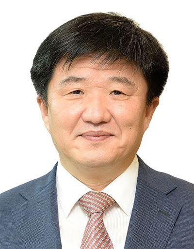 Japan's growing distrust of Korea has its beginnings in Korea's tilting toward China. Korea Times file