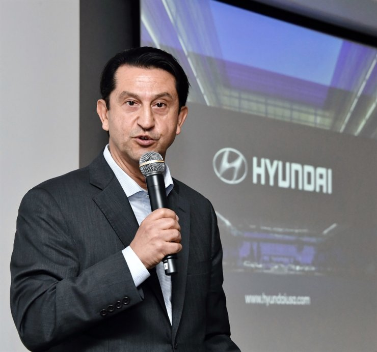 Hyundai Motor America CEO Jose Munoz speaks during a press conference at the company's headquarters in Fountain Valley, Calif. Jan. 10 (Korea Standard Time). Courtesy of Hyundai Motor