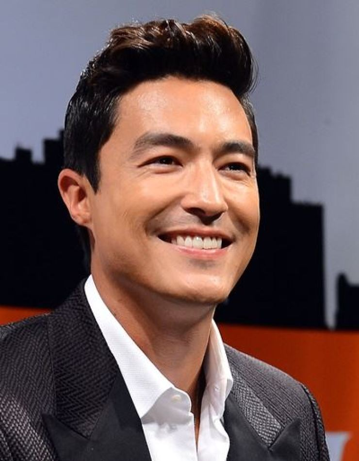 Dont be duped by fake Daniel Henney