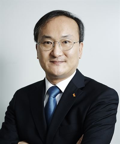 SK Group Chairman Chey Tae-won