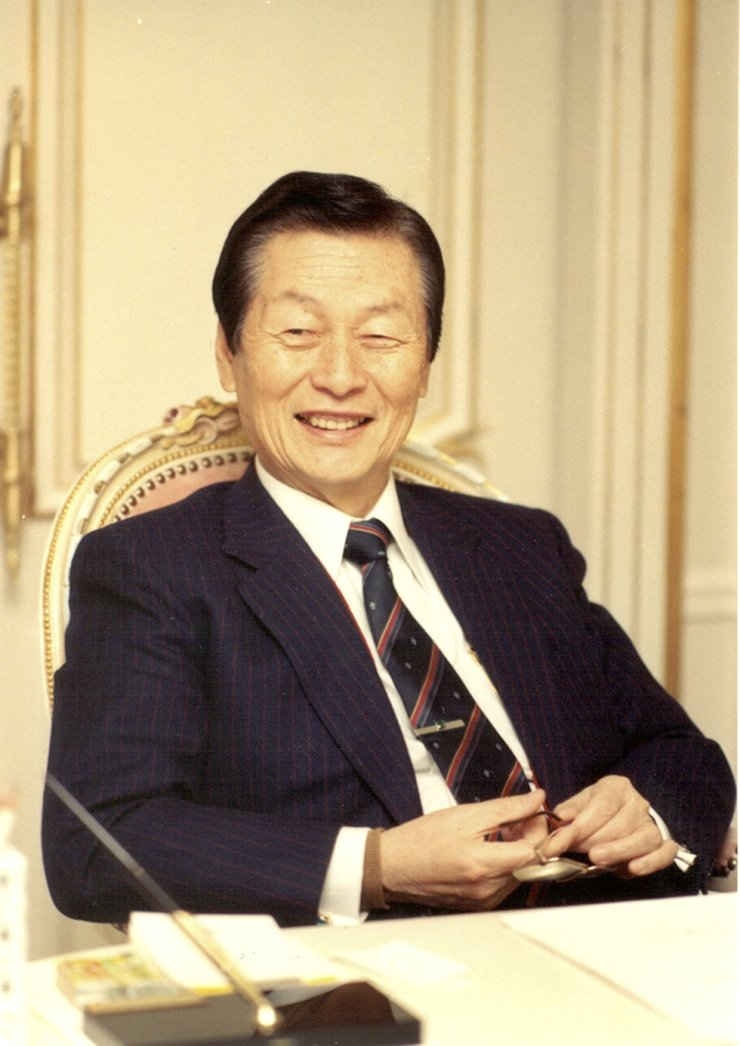 Lotte Group founder Shin Kyuk-ho