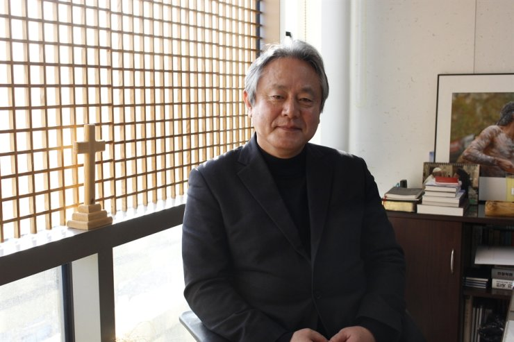 Rev. Lee Hong-jung, general secretary of the National Council of Churches in Korea, poses during an interview with The Korea Times at his office in Seoul, Thursday. Korea Times photo by Park Ji-won