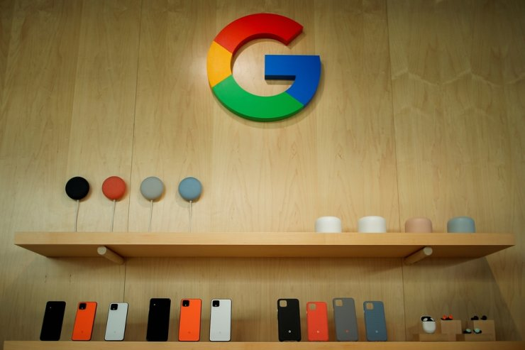Google smartphone and accessories are displayed during a Google launch event in New York in this Oct. 15, 2019 file photo. /Reuters
