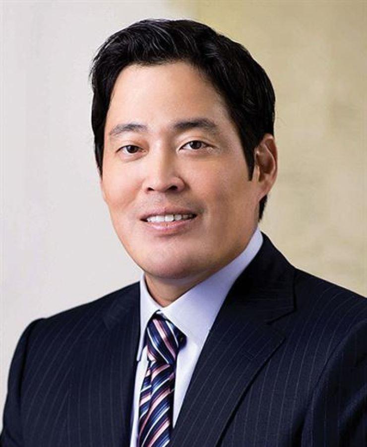 Shinsegae Group Vice Chairman Chung Yong-jin