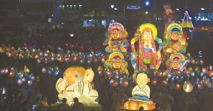 An image of the Lotus Lantern Parade in this 2012 file photo. Korea Times file