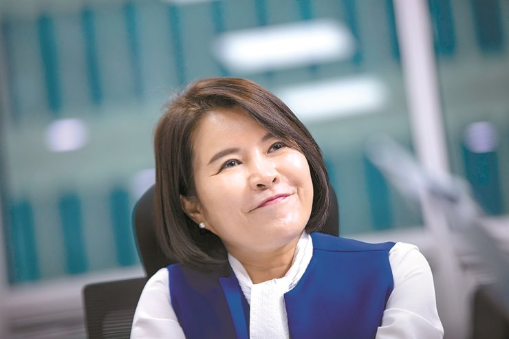 Rep. Heo Yun-jung of the ruling Democratic Party of Korea smiles during an interview with The Korea Times at her office in the National Assembly in Seoul, Monday. Korea Times photo by Shim Hyun-chul