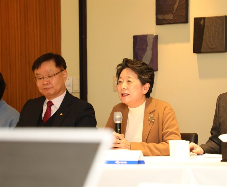 Roe Jung-hye, president of the National Research Foundation of Korea (NRF), speaks during a press conference at a restaurant in Seoul, Feb. 5. / Courtesy of NRF