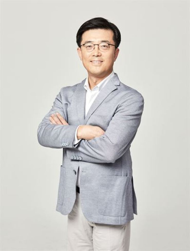 Cha Hyeon-jin, professor at Bank of Korea Academy