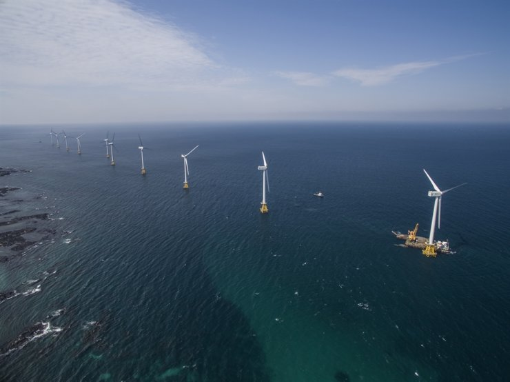 An offshore wind power farm in waters near Jeju Island / Courtesy of Korea South-East Power
