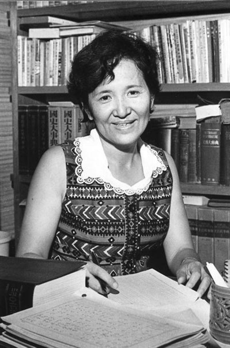 Writer Shin Ji-sik Korea Times file