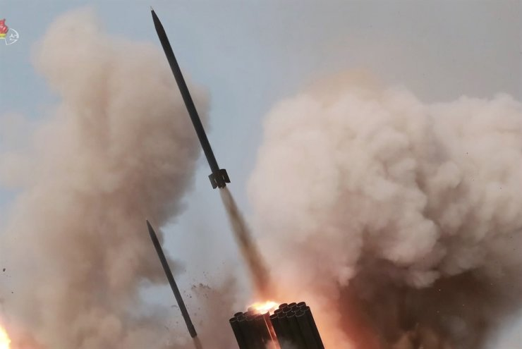 North Korea fires three rockets into the East Sea, Monday. / Korea Time file