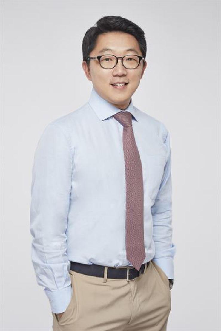 David S. Lee, senior lecturer at University of Hong Kong