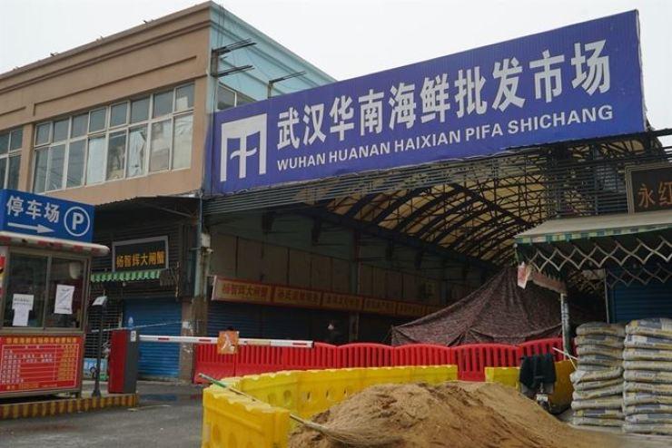 Huashan Seafood Wholesale Market in Wuhan. AP-Yonhap