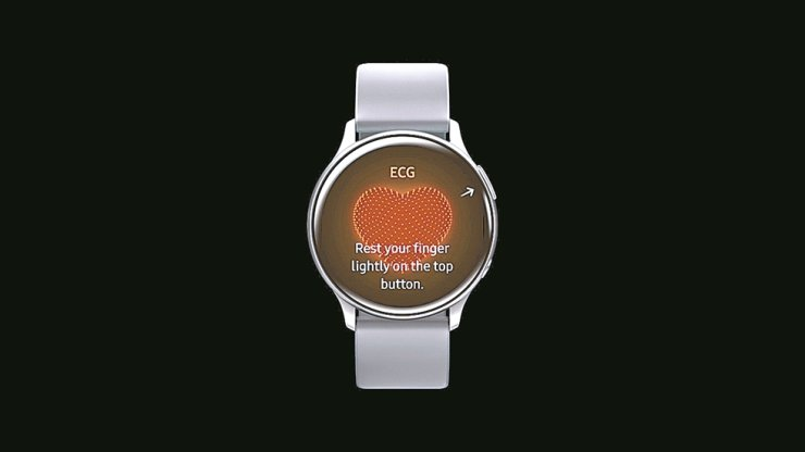 Seen is Samsung Electronics' Galaxy Watch Active 2. Users of the smartwatch will be able to check their electrocardiogram (ECG) soon as the firm said Sunday it received an approval for the function from the Ministry of Food and Drug Safety. / Courtesy of Samsung Electronics