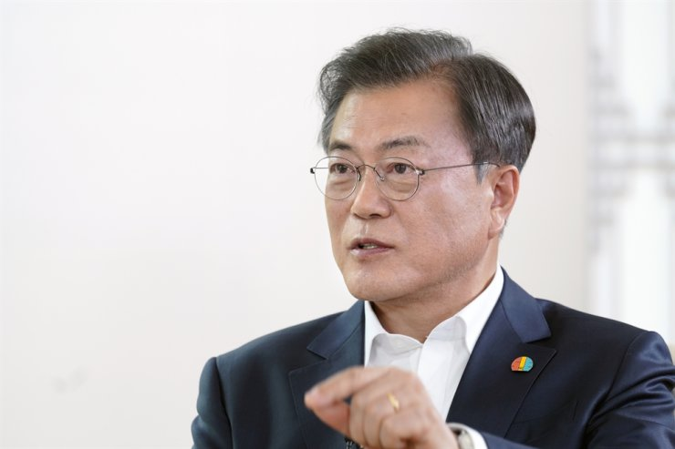 President Moon Jae-in speaks during an interview at Cheong Wa Dae on May 12. Courtesy of Cheong Wa Dae