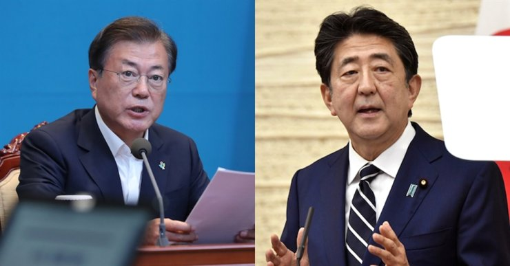 President Moon Jae-in and Japanese Prime Minister Shinzo Abe / Korea Times file