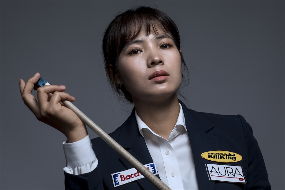 Sruong Pheavy at Billking Korea Art Hall in Suwon, June 16. The Cambodian carom ball master hopes that one day she can play for her country. Korea Times photo by Shim Hyun-chul