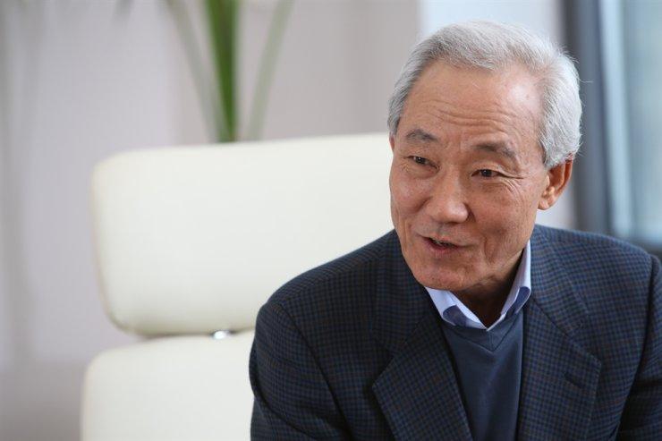 SK Innovation board Chairman Kim Jong-hoon