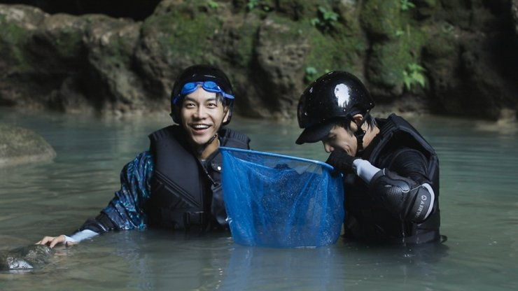 Korean celebrity Lee Seung-gi and Taiwanese heartthrob Jasper Liu co-star in Netflix's new travel show 'Twogether.' Courtesy of Netflix