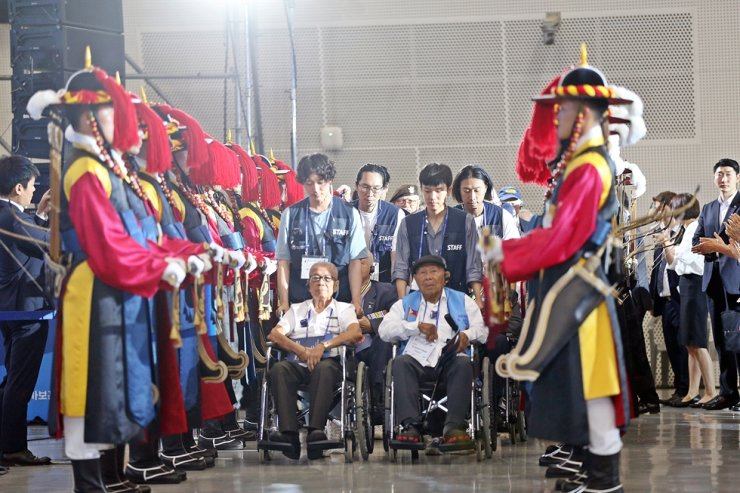 Foreign veterans of the 1950-53 Korean War participate in a ceremony marking the U.N. Forces Participation Day held at Dongdaemun Design Plaza in Seoul, July 27, 2019. Courtesy of the 70th Anniversary of the Korean War Commemoration Committee