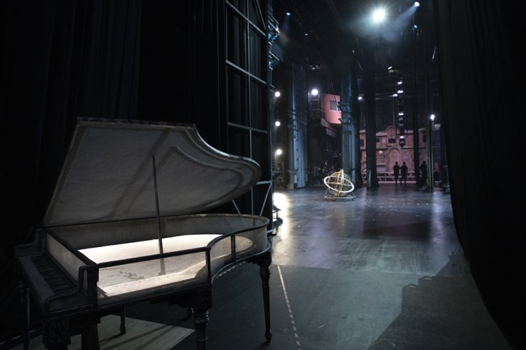 The stage of the musical 'Mozart!' is seen from behind during a backstage tour at the Sejong Center for the Performing Arts, Tuesday. Korea Times photo by Choi Won-suk