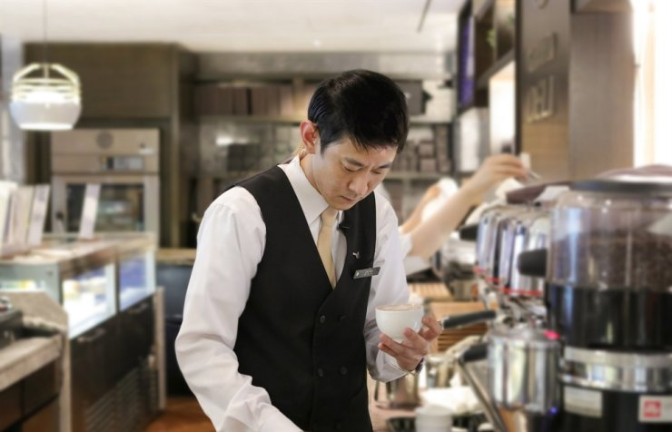 Yoo In-seok, the chief barista of Grand InterContinental Seoul Parnas / Courtesy of Grand InterContinental Seoul Parnas