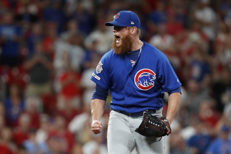 Chicago Cubs relief pitcher Craig Kimbrel celebrates after striking out St. Louis Cardinals' Yairo Munoz for the final out of a baseball game in St. Louis, July 31, 2019. The 32-year-old Kimbrel is looking to bounce back from one of the worst stretches of his stellar career. The seven-time All-Star closer never looked right after he got a late start last year, going 0-4 with a career-high 6.53 ERA and three blown saves in 16 chances. / AP-Yonhap