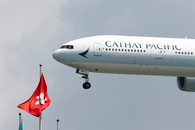 A Cathay Pacific plane lands at Hong Kong airport in Hong Kong, Aug. 14, 2019. Reuters