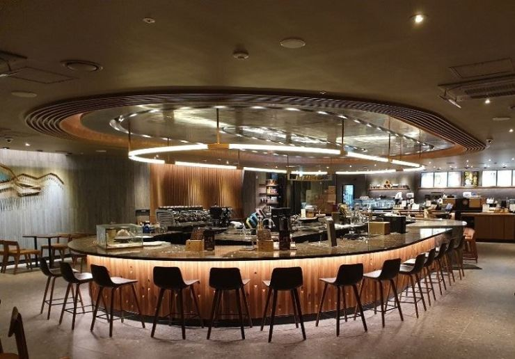Starbucks Reserved store at the Korea Chamber of Commerce and Industry headquarters in Seoul / Courtesy of Starbucks Korea