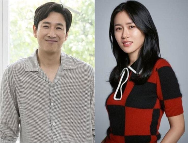 Lee Sun-kyun, left, and Son Ye-jin have been offered roles in director Andrew Niccol's film 'The Cross.' Korea Times file