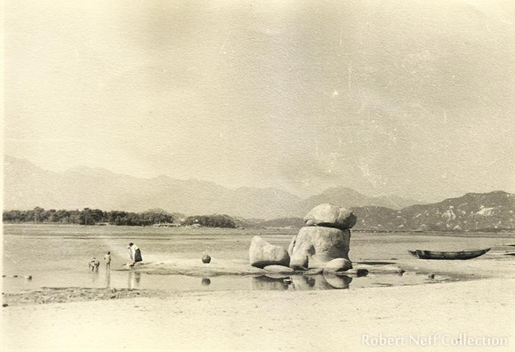A Korean boat on the East Sea. Circa 1900s. Robert Neff Collection