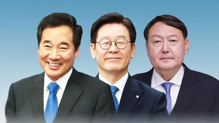 From left, Lee Nak-yon, Lee Jae-myung and Yoon Seok-youl.