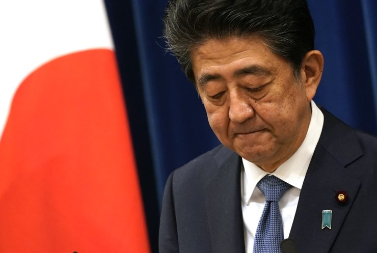 Japanese Prime Minister Shinzo Abe speaks during a press conference at the prime minister official residence in Tokyo, Aug. 28, 2020. Abe announced that he will resign over health problems. AFP