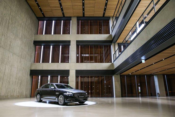 A standalone showroom of Hyundai Motor's luxury brand Genesis in Yongin, Gyeonggi Province / Courtesy of Hyundai Motor