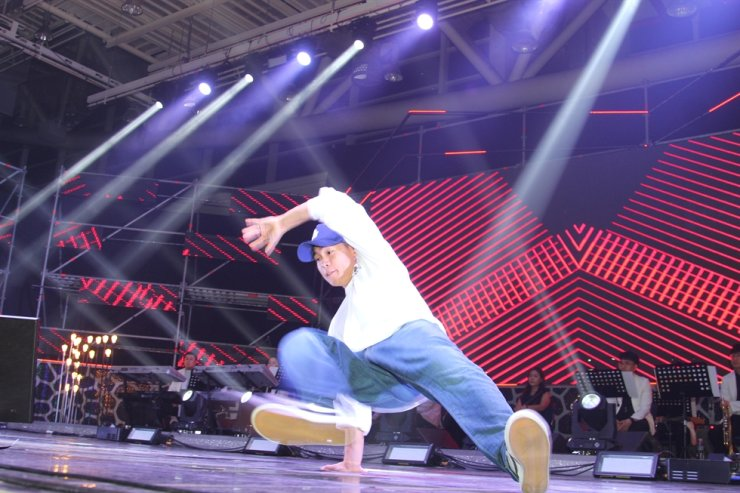 B-boy team Jinjo Crew / Korea Times file