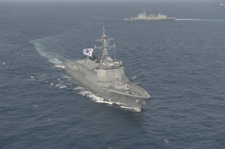 Korean Naval Aegis destroyer patrolling the East Sea. / Yonhap