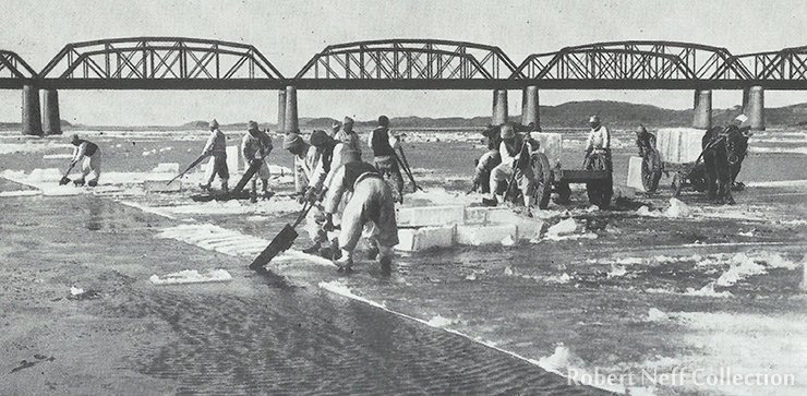 Cutting and transporting ice from the Han River, circa 1920s. Robert Neff Collection