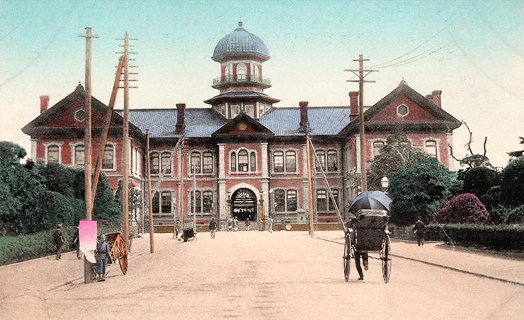 The main port facilities of Yokohama, circa 1900s. Robert Neff Collection