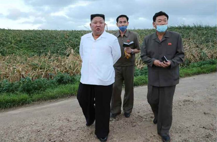 North Korean leader visits South Hwanghae Province, Aug. 28. Yonhap