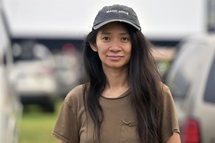 Chloe Zhao attends the Telluride from Los Angeles drive-in screening of 'Nomadland' on Friday, Sept. 11, 2020, at the Rose Bowl in Pasadena, Calif. AP-Yonhap
