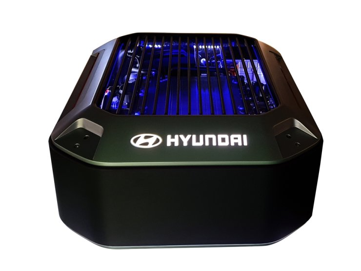 This is an actual image of Hyundai's in-house hydrogen fuel cell product for use in non-automotive sector, which the Korean car manufacturer initially shipped four packs to Switzerland-based GRZ Technologies, Wednesday. Courtesy of Hyundai Motor