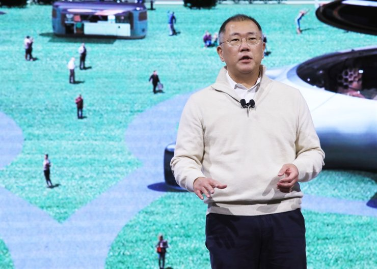 Hyundai Motor Group Executive Vice Chairman Chung Euisun speaks during the 2020 Consumer Electronics Show in Las Vegas in this Jan. 6 photo. Chung will be promoted to chairman of the group as early as today. Yonhap