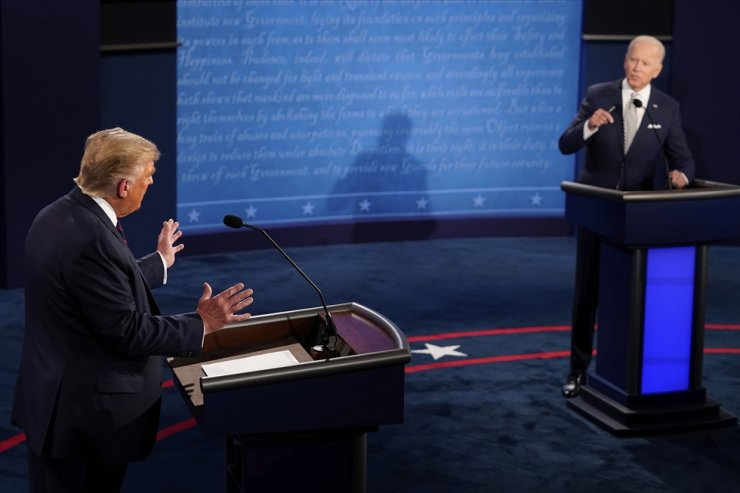 U.S. President Donald Trump and Democratic presidential candidate former Vice President Joe Biden exchange points during the first presidential debate Tuesday, Sept. 29, 2020, at Case Western University and Cleveland Clinic, in Cleveland, Ohio. AP
