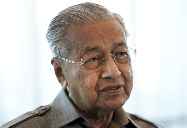 Former Malaysian Prime Minister Mahathir Mohamad / AP-Yonhap