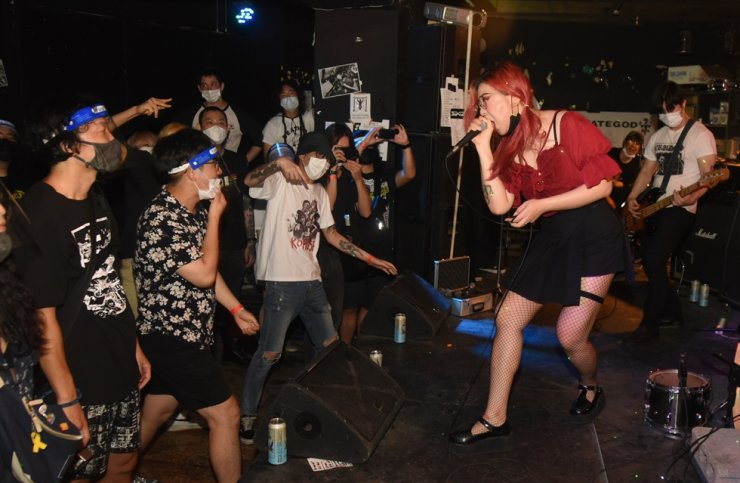 Polluter's first show at GBN Live House in Mullae-dong, Aug. 15. / Korea Times photo by Jon Dunbar