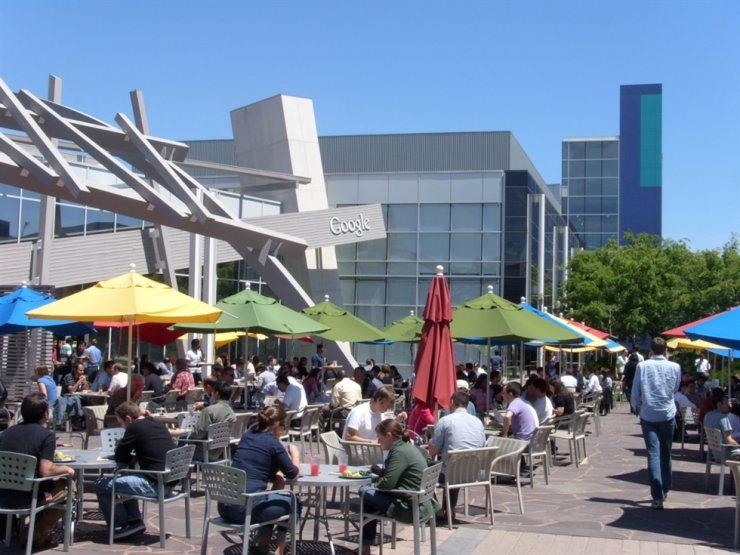 Google's headquarter in California / Korea time file
