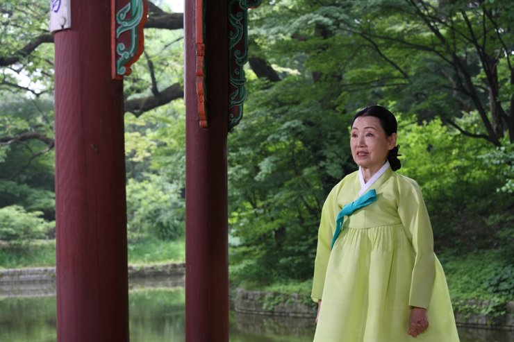 Lee Eun-ju, master of Gyeonggi minyo, which is designated Intangible Cultural Heritage No. 57 / Courtesy of Cultural Heritage Administration